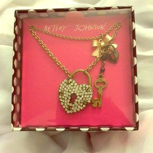 Betsey Johnson Lock/Key Charm Necklace NWT Gold